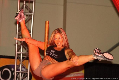 slutty-girls-strip-dancing
