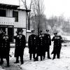 Police w/ Thompson's submachinguns - 02