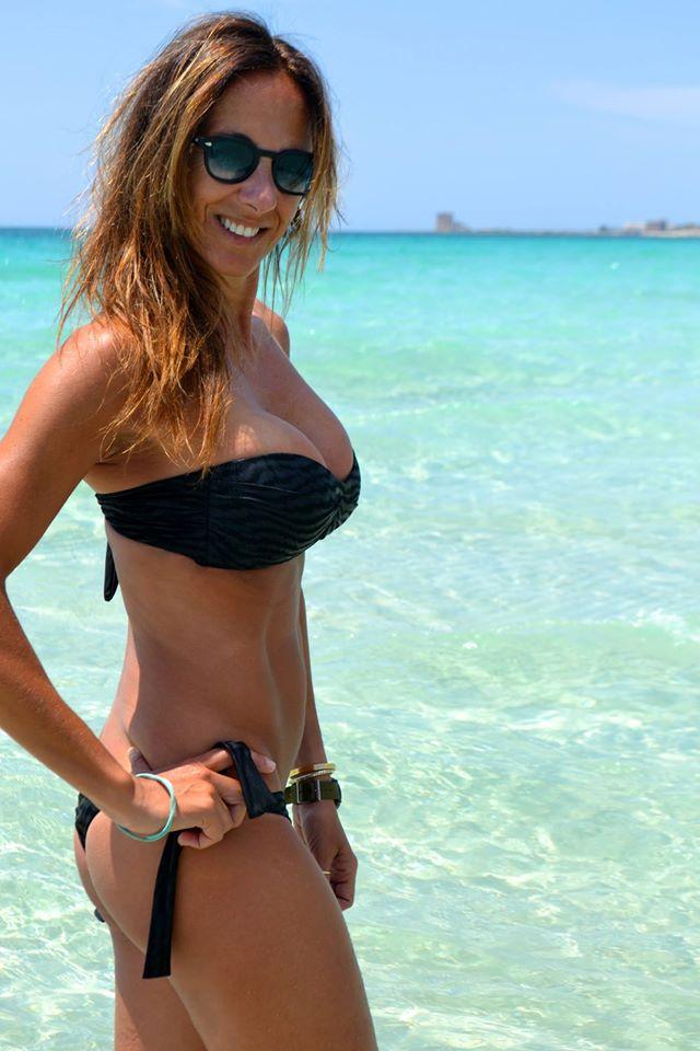Girl bikini handcuffs — img 4