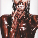 Heidi Klum Nude And Covered in Chocolate - 01